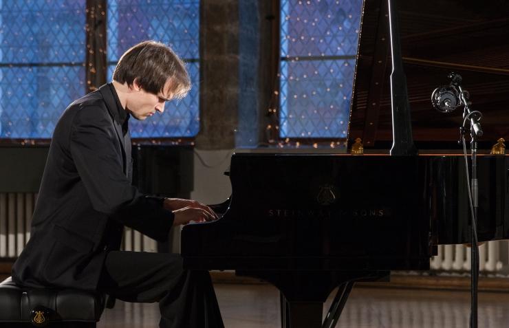 Pianist Mihkel Poll esitles oma uue plaadi muusikat