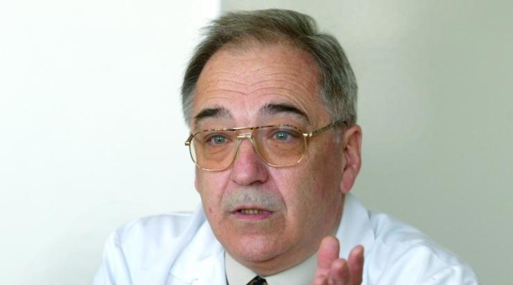 ANDRES ELLAMAA: Valitsus tuleb haiglakärbete pärast välja vahetada