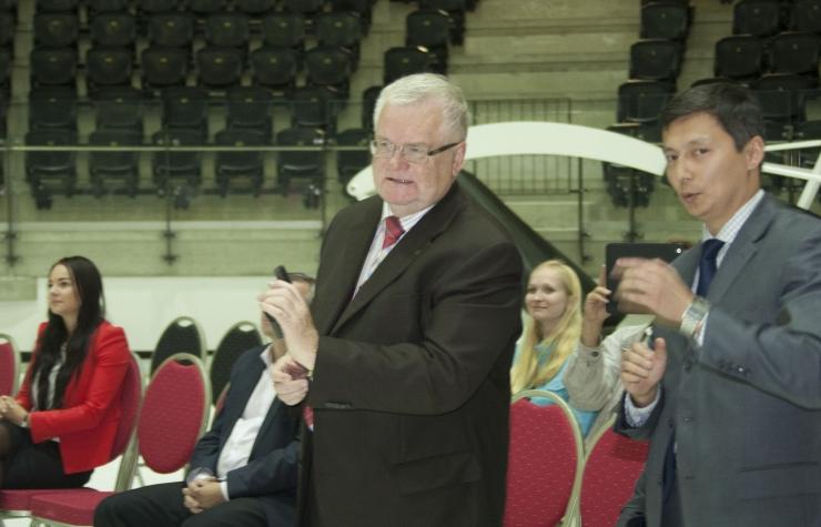 Prantsusmaa Jääspordi Föderatsiooni president kohtus Savisaarega