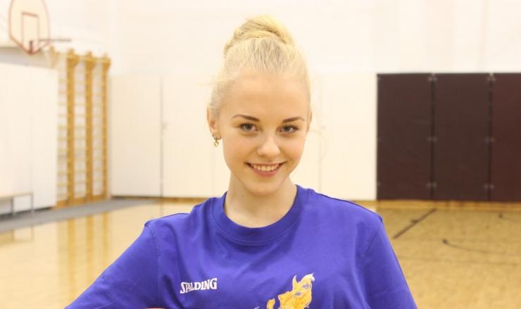 Superstaarisaate Jana Liisa: tahaks meditsiini õppida