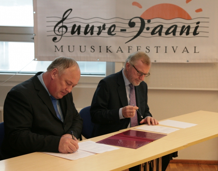 Suure-Jaani Muusikafestival ning Eesti Muusika- ja Teatriakadeemia allkirjastasid koostöölepingu