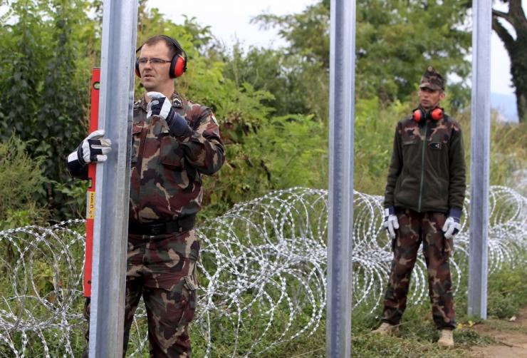 Läti ehitab Vene piirile kõrge tara