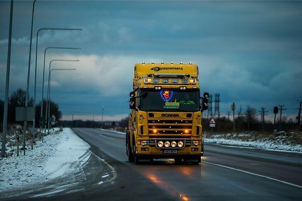 Autoettevõtete Liit: politsei kimbutab raskeveokite juhte