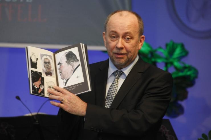 FOTOD! Estonia talveaias tutvustati Eri Klasi mälestusteraamatut