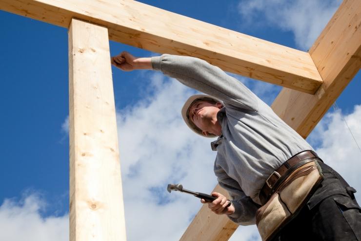 Ametiühingud tööohutusest: kaotame elusid ja koormame eelarvet ohtlike töötingimustega