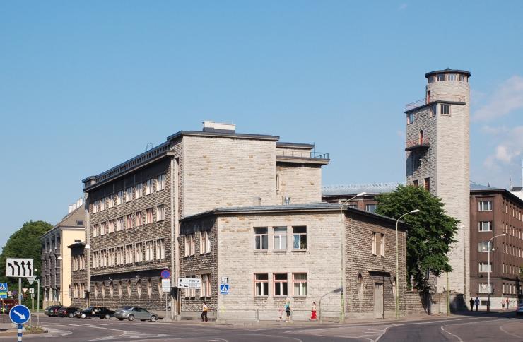 Tuletõrjemuuseumi tornis on tulekul klaasi- ja keraamikatudengite ühisnäitus