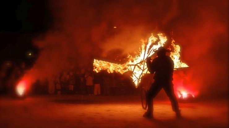 FOTOD! Põneva visuaalteatriprogrammiga Treff festival toob Riigikogu ette tulest linnud