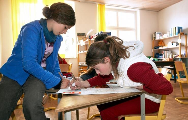 OECD raport: vaesemate perede laste matemaatikateadmised on viiendiku jagu kehvemad rikaste perede laste omadest