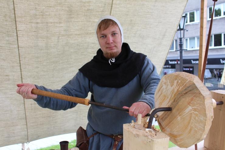 VIDEO: vaata, milline näeb välja keskaegne vibu treipink
