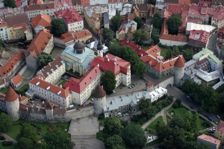 Festival paneb linnatornid eri ajastute taktis helisema
