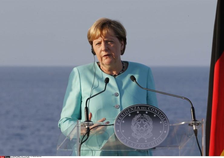Merkel soovib Põhja-Aafrikaga leppeid migrantide tagasivõtmiseks