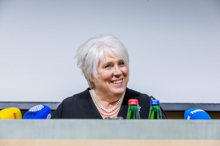Kaljuranna meeskond esitab komisjonile 26 toetusallkirja