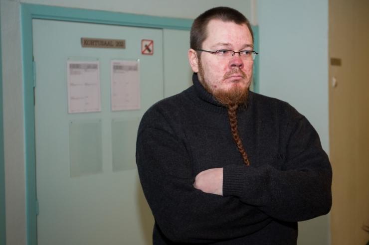 Ringkonnakohus kergendas Rõivast ähvardanud mehe karistust