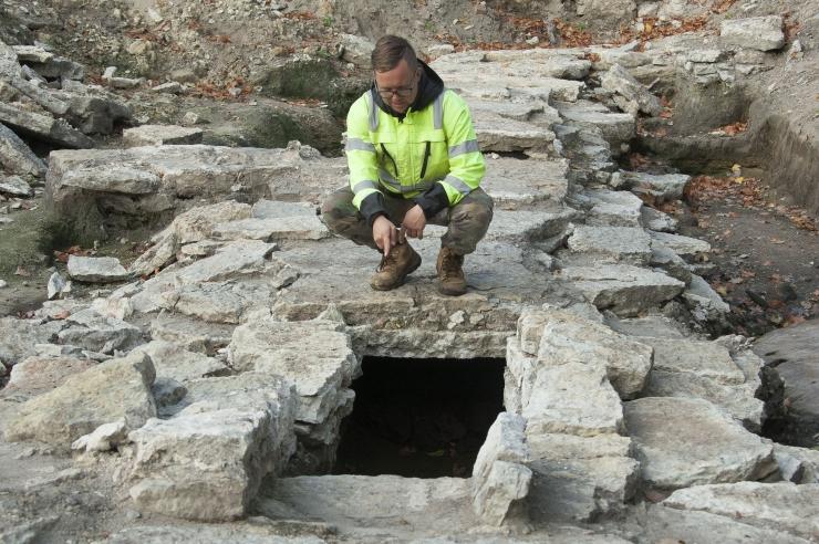 Arheoloogid leidsid sadama lähedalt rootsiaegse eeslinna