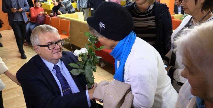 FOTOD! Edgar Savisaar kohtus rahvaga Lindakivi kultuurikeskuses