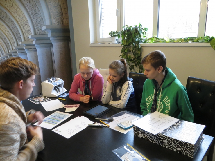 Õpilaste uurimistööde kaasjuhendamise projekt on heaks kasvulavaks tulevastele teadlastele