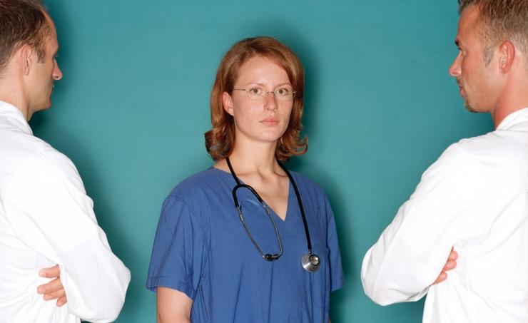 UURING: Kolmveerand arstitudengitest tahab välismaale tööle minna