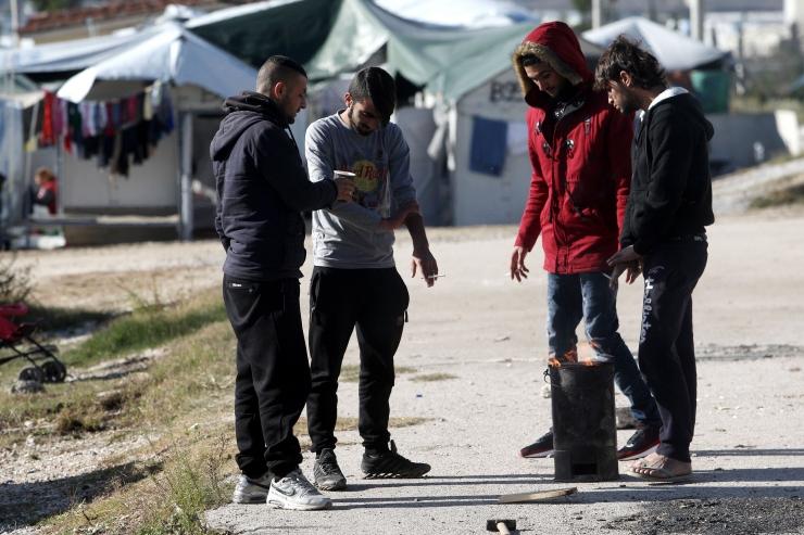 EL-i riigid võivad hakata märtsist migrante Kreekasse tagasi saatma