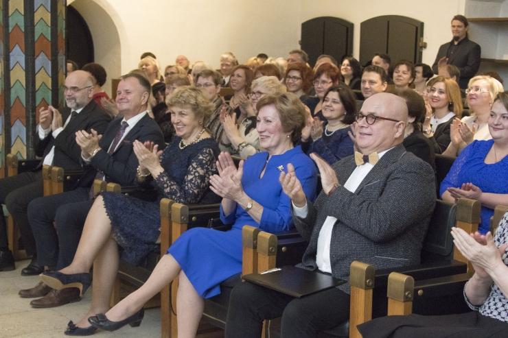 FOTOD! Tallinn tunnustas tublimaid tervishoiutöötajaid