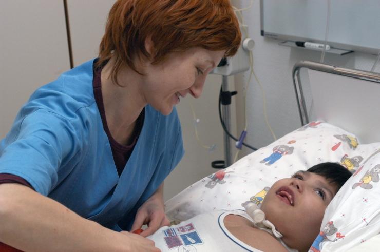 Tallinna Tervishoiu Kõrgkool tõi tervishoidu tagasi 24 õde