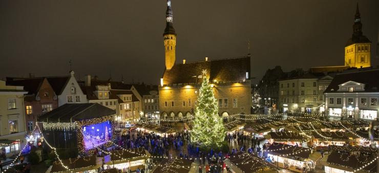 FOTOD! Tallinnas kuulutati taas välja traditsiooniline jõulurahu