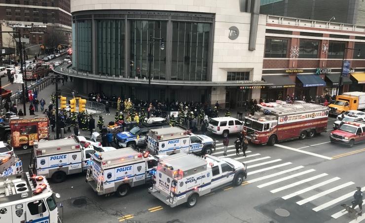 New Yorgis sai rongiõnnetuses viga üle 30 inimese