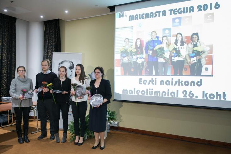 FOTOD! Eesti Maleliit tunnustas maleaasta parimaid