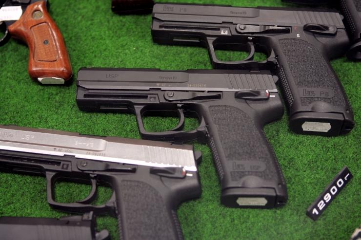 Relvaseaduse muudatus tõi riigikaitsekomisjonis elava arutelu