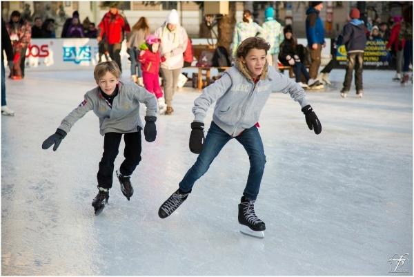 Tondiraba jäähall kutsub lapsi ja noori uisutama