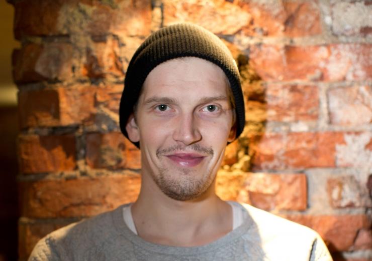 12 tuntud Eesti meest astuvad loomade heaks korvpallilahingusse