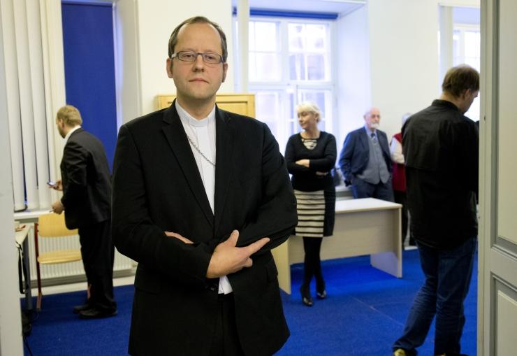 Usuteaduse Instituudi rektor valiti ametisse tagasi