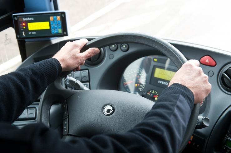 Politseinikke rõõmustas Tallinna bussijuhtide korrektne sõidustiil