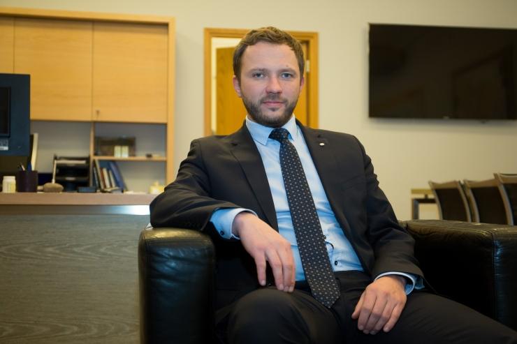 Tsahkna: kaitsetööstusest peab saama osa Eesti kaitsevõimest