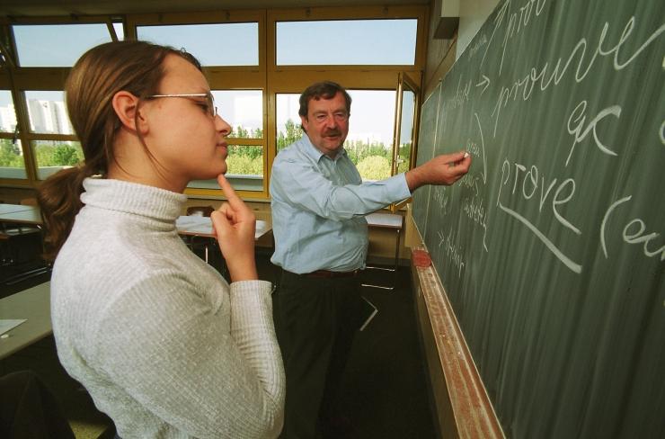Lugeja küsib abilinnapealt: kuidas saada korterit Õpetajate kodusse?