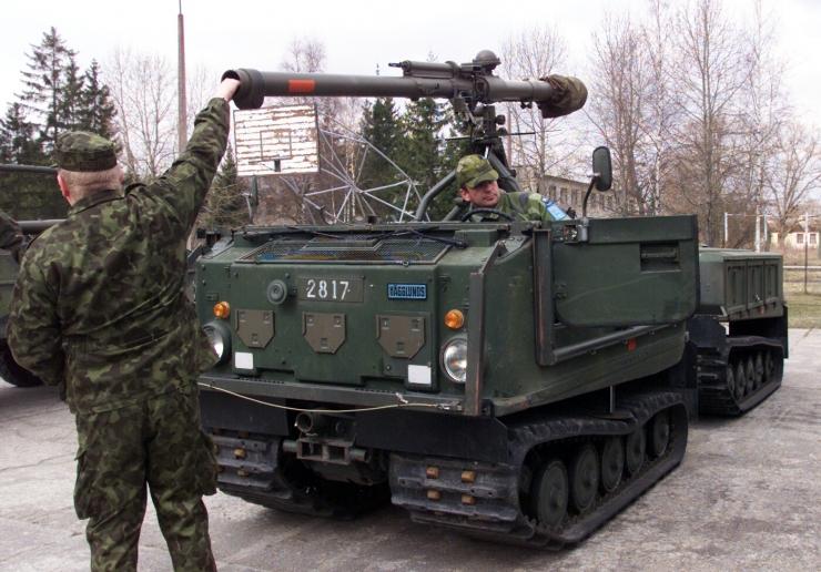 Riik ostab 60 miljoniga mürske ning tankitõrje- ja miinipildujamoona