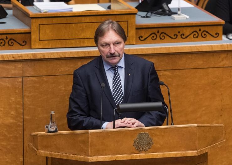 Hallemaa: kõikjal Eestis jätkuks riigiasutustele spetsialiste