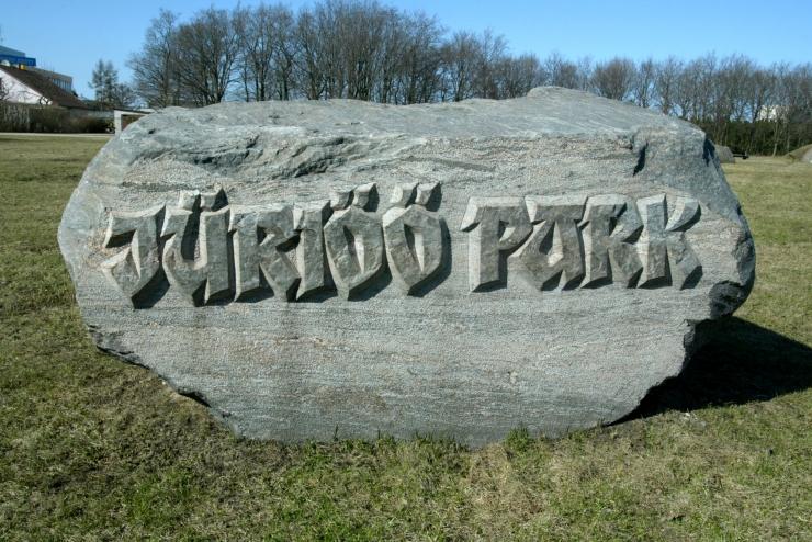 Lasnamäel tähistatakse riigi sünnipäeva Jüriöö pargis
