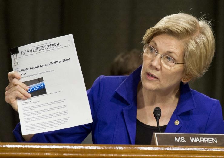 """Elizabeth Warren põrmustab Trumpi """"fantaasiamajanduse"""": ta töötab vaid oma suurärimeestest sõprade kasuks"""
