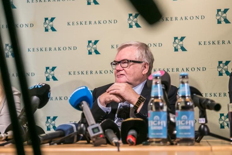 Keskerakond tasus Tallinnale osa Savisaare reklaamimise rahast