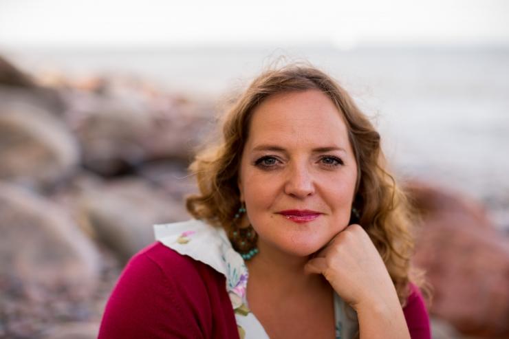 TASUTA! Hedvig Hanson laulab homme Pelgulinna rahvamajas!