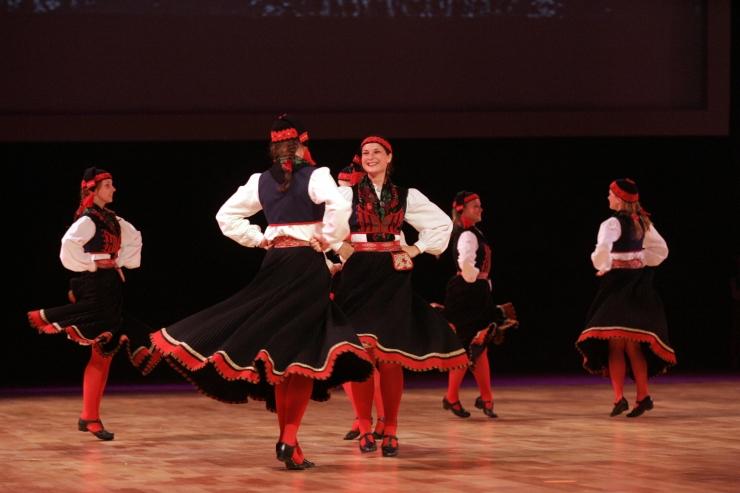 Lasnamäe Linnaosa Valitsus rõõmustab taas Tallinna elanikke suure Maslenitsa rahvapeoga
