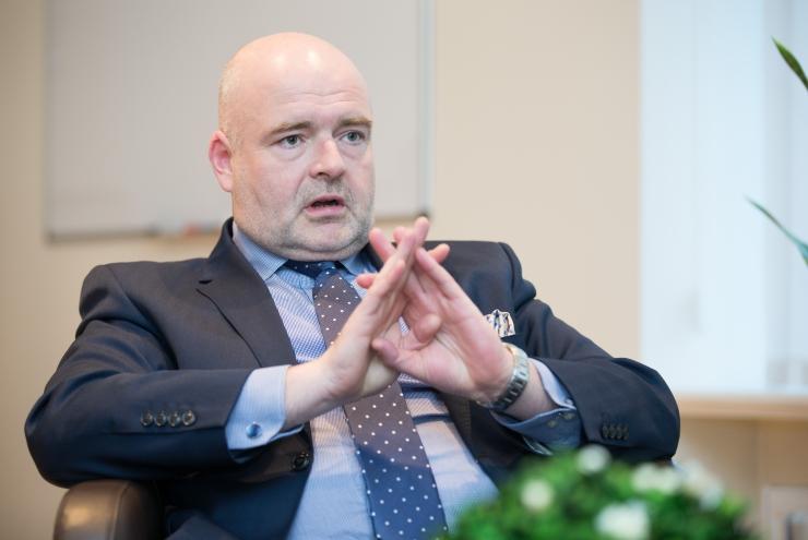EKRE uurib siseministrilt sisserände piirarvu ületamise kohta