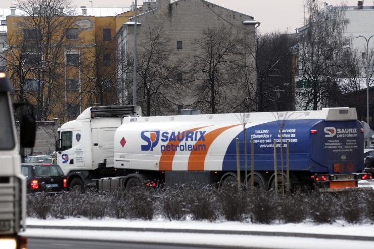 Aseris ümber paiskunud kütuseveok saab peagi ratastele