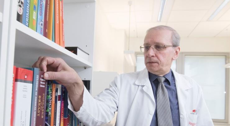 ONKOLOOG: Vähiravi peaksid saama ka ravikindlustuseta inimesed