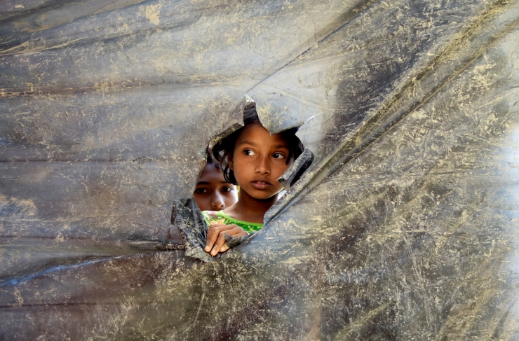 Euroopa Komisjon kutsub riike kiirendama põgenike vastuvõtmist