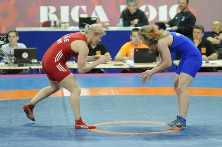 Maadlusfestivalile Estonian Wrest Fest on tulemas üle 200 naismaadleja