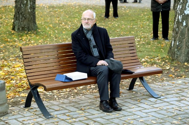 Suri Tartu Ülikooli endine rektor Peeter Tulviste
