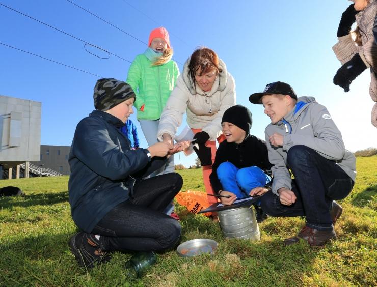 Õpilaste abiga tehakse kohalikud pärandipaigad korda