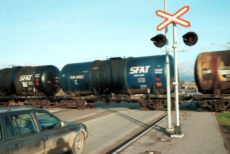 Kokkupõrkes rongiga hukkunud liiklejad olid noored mehed