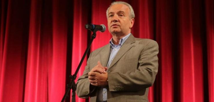 Suri kauaaegne Vene kultuurikeskuse direktor Juri Poljakov